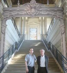 """Interview de MM. Pierre Jugie et Jérôme de La Gorce, commissaires de l'exposition """"Dans l'Atelier des Menus Plaisirs du roi"""""""