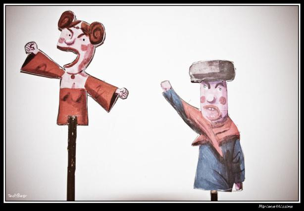 (c) Marionnettissimo