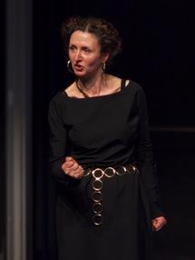 Muriel Arnould dans le rôle de Syra, Cosroès, 2012 (c) Le Studiolo