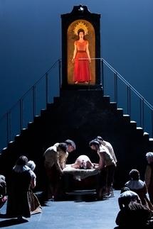 La Muette de Portici (Fenella-Elena Borgogni) DR E. Carecchio (c) Opéra Comique