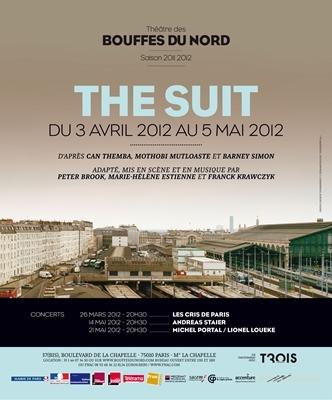 Avant Londres, 'The Suit' à Paris : chapeaux ! Par Noémie Courtès.