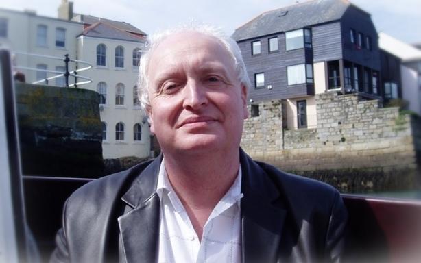 (c) Professor Derek Connon